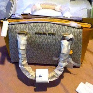 SALE Brand New‼️ Michael Kors satchel bags